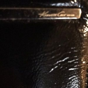 Kenneth Cole Bags - Kenneth Cole Leather wallet